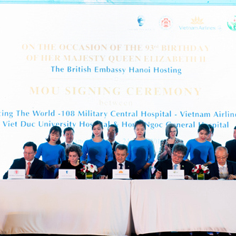 MOU signed among Facing the World, Vietnam Airlines and important partners
